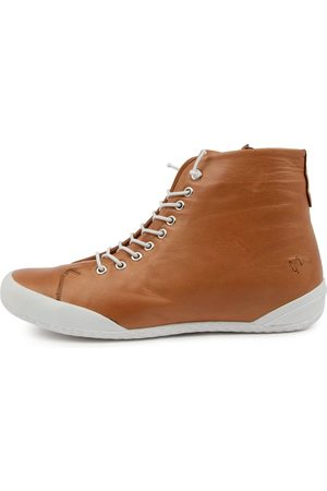 SUPERSOFT Roybye Su Tan Boots Womens Shoes Casual Ankle Boots
