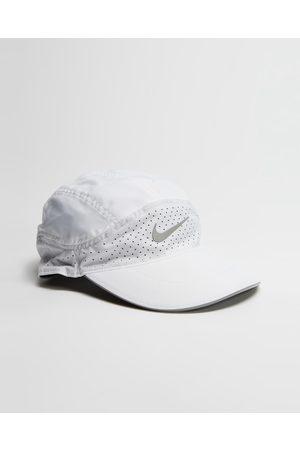 Nike Caps - Dri FIT Aerobill Featherlight Running Cap - Headwear Dri-FIT Aerobill Featherlight Running Cap