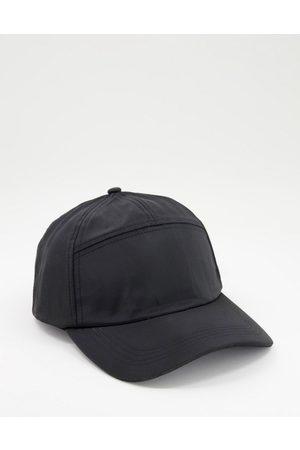 SVNX Caps - 6 panel cap with clip detail-Black
