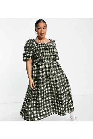 COLLUSION Plus exclusive gingham midi sundress in green print-Multi