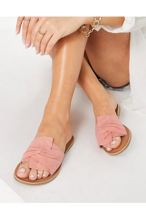 Accessorize Mule sandals with twist strap in pink suede