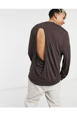 ASOS Long Sleeve - Relaxed fit long sleeve viscose t-shirt with back detail in beige-Neutral