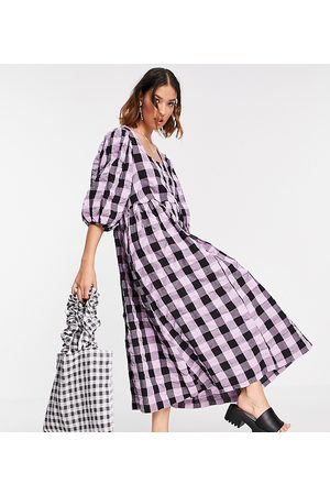 COLLUSION Oversize garden midi smock dress in purple and black gingham-Green