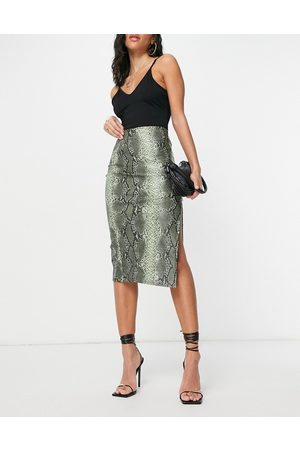 I saw it first Leather look split front midi skirt in green snake