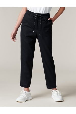 Forever New Women Formal Pants - Clara Wool Tapered