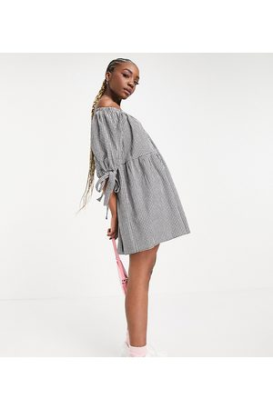 ASOS ASOS DESIGN Tall off-shoulder tiered mini dress with tie sleeves in black and white gingham-Multi