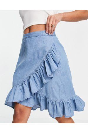 VILA Ruffle mini skirt in blue