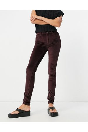 Levi's 721 high rise skinny jeans in purple-Red
