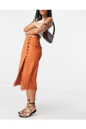 ASOS Midi skirt with raw edge and button detail in rust-Orange