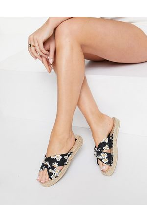 ASOS Jolly knotted mule espadrilles in daisy print-Multi