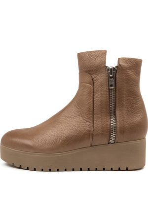 Django & Juliette Women Ankle Boots - Karsen Dj Warm Taupe Boots Womens Shoes Casual Ankle Boots