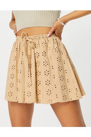 ASOS Shorts - Broderie flippy shorts in neutral