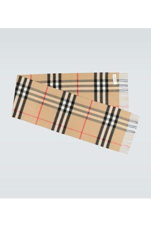Burberry Men Scarves - Classic cashmere scarf