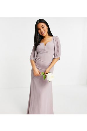 TFNC Petite Bridesmaid sweetheart neck flutter sleeve maxi dress in lilac-Grey