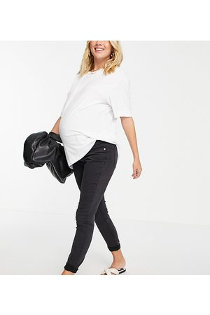 ASOS Women Boyfriend - ASOS DESIGN Maternity high rise Ridley 'skinny' jeans in washed black with over-the-bump waistband