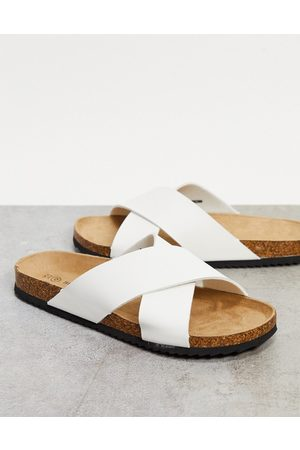 Brave Soul Thongs - Faux leather cross-strap sliders in white