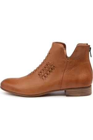 Django & Juliette Fate Dj Dk Tan Boots Womens Shoes Casual Ankle Boots