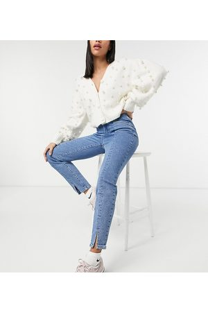 Stradivarius Split front mom jeans with stretch in blue
