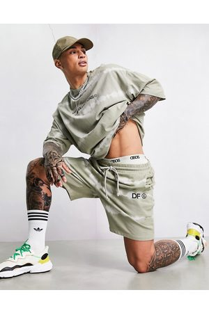 ASOS Co-ord relaxed short with logo print in khaki tie-dye-Green