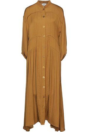 Gestuz 3/4 length dresses