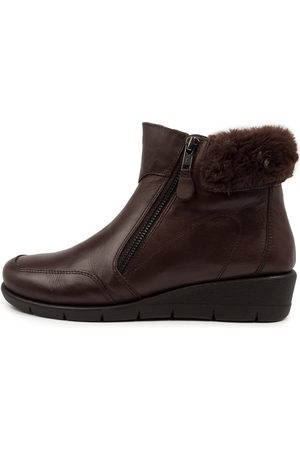SUPERSOFT Montello Su Walnut Dk Boots Womens Shoes Ankle Boots