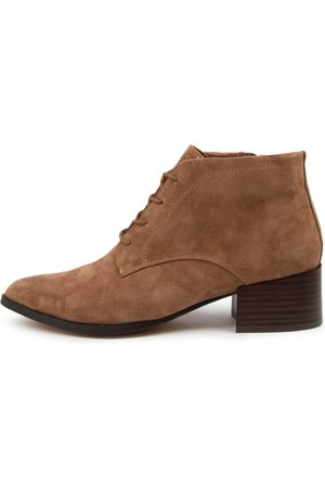 Mollini Women Ankle Boots - Daizy Mo Lt Choc Boots Womens Shoes Casual Ankle Boots