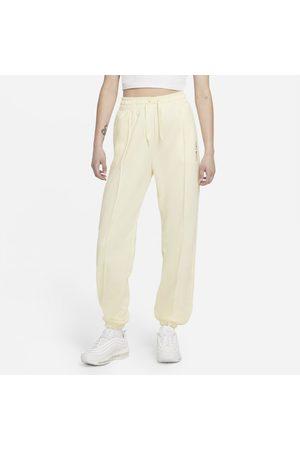 Nike Women Sports Pants - Sportswear Women's Trousers