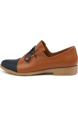 I LOVE BILLY Keliats Il Navy Tan Shoes Womens Shoes Casual Flat Shoes