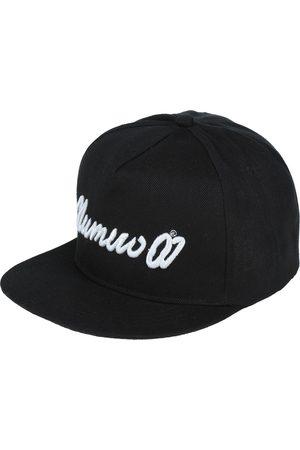 NUMERO 00 Hats