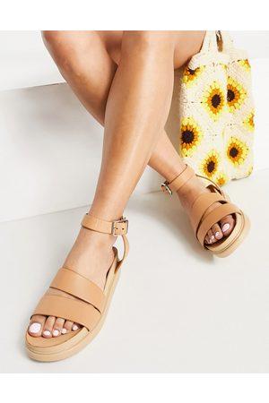 Vagabond Sandals - Erin ankle strap leather flatform sandals in beige-No colour
