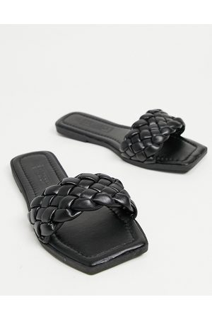 Truffle Collection Women Thongs - Square toe flat sliders in black