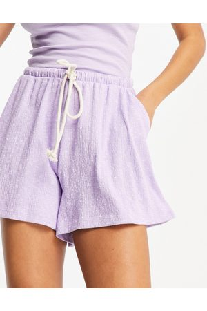 ASOS Casual textured flippy shorts with rope tie in lilac-Purple
