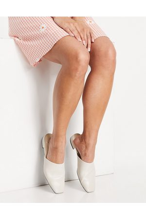 Vagabond Layla leather slip on mules in white
