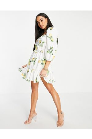In The Style X Stacey Solomon puff-sleeved ruched mini smock dress in summer lemon print-Multi
