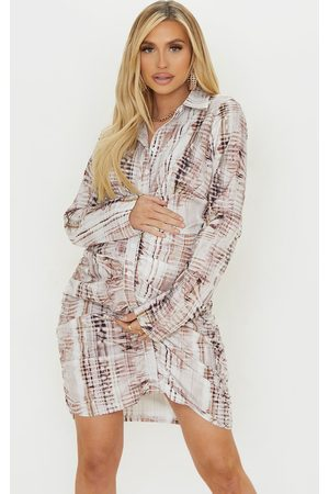 PRETTYLITTLETHING Women Casual Dresses - Maternity Stone Textual Print Ruched Shirt Dress