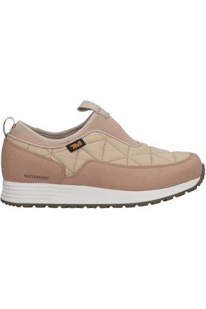 Teva Low-tops & sneakers