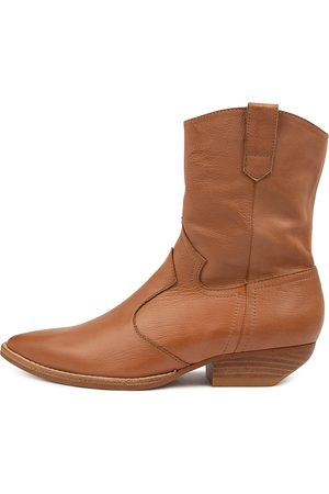 Mollini Pawse Mo Tan Boots Womens Shoes Casual Ankle Boots