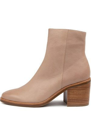 Mollini Ninder Mo Cafe Boots Womens Shoes Casual Ankle Boots