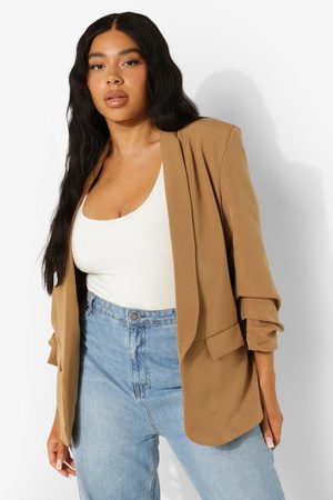 Boohoo Plus Stretch Woven Ruched Sleeve Blazer- Stone
