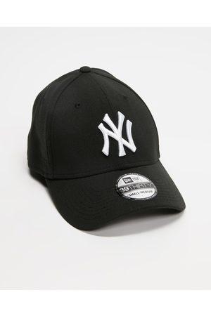 New Era Men Caps - 3930 New York Yankees Cap - Headwear ( & ) 3930 New York Yankees Cap