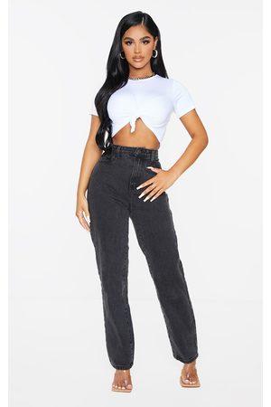 PRETTYLITTLETHING Petite Straight Leg Jeans