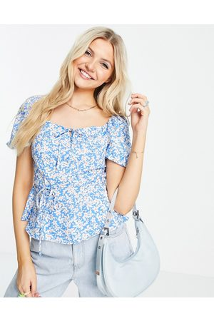 New Look Square-neck tiered blouse in blue ditsy floral