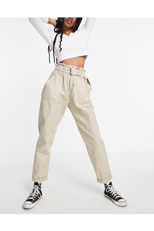 New Look Utility paperbag pant in stone-White