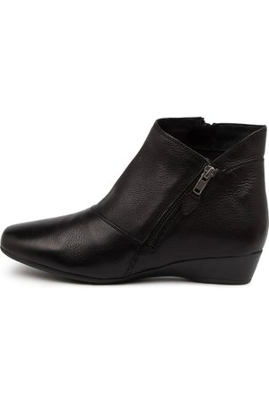 SUPERSOFT Rilla Su Boots Womens Shoes Casual Ankle Boots