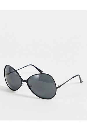 Jeepers Peepers Womens oversized round sunglasses in black