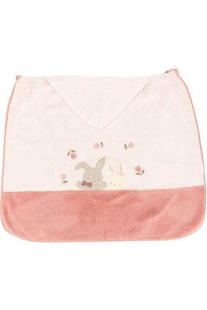 Familiar Embroidered detail blanket
