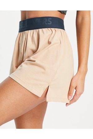 ASOS 4505 layers cotton boxer short with deep elastic-Neutral