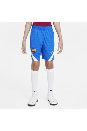 Nike F.C. Barcelona Strike Older Kids' Football Shorts