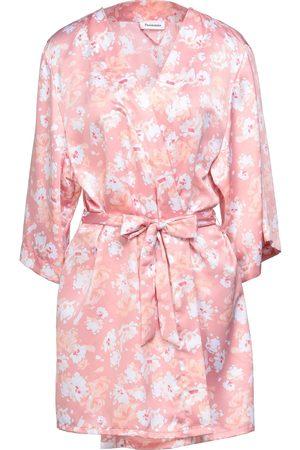Passionata Dressing gowns & bathrobes