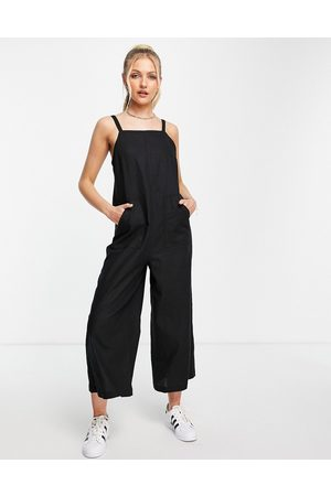 Topshop Lightweight wide-legged jumpsuit with pockets in black